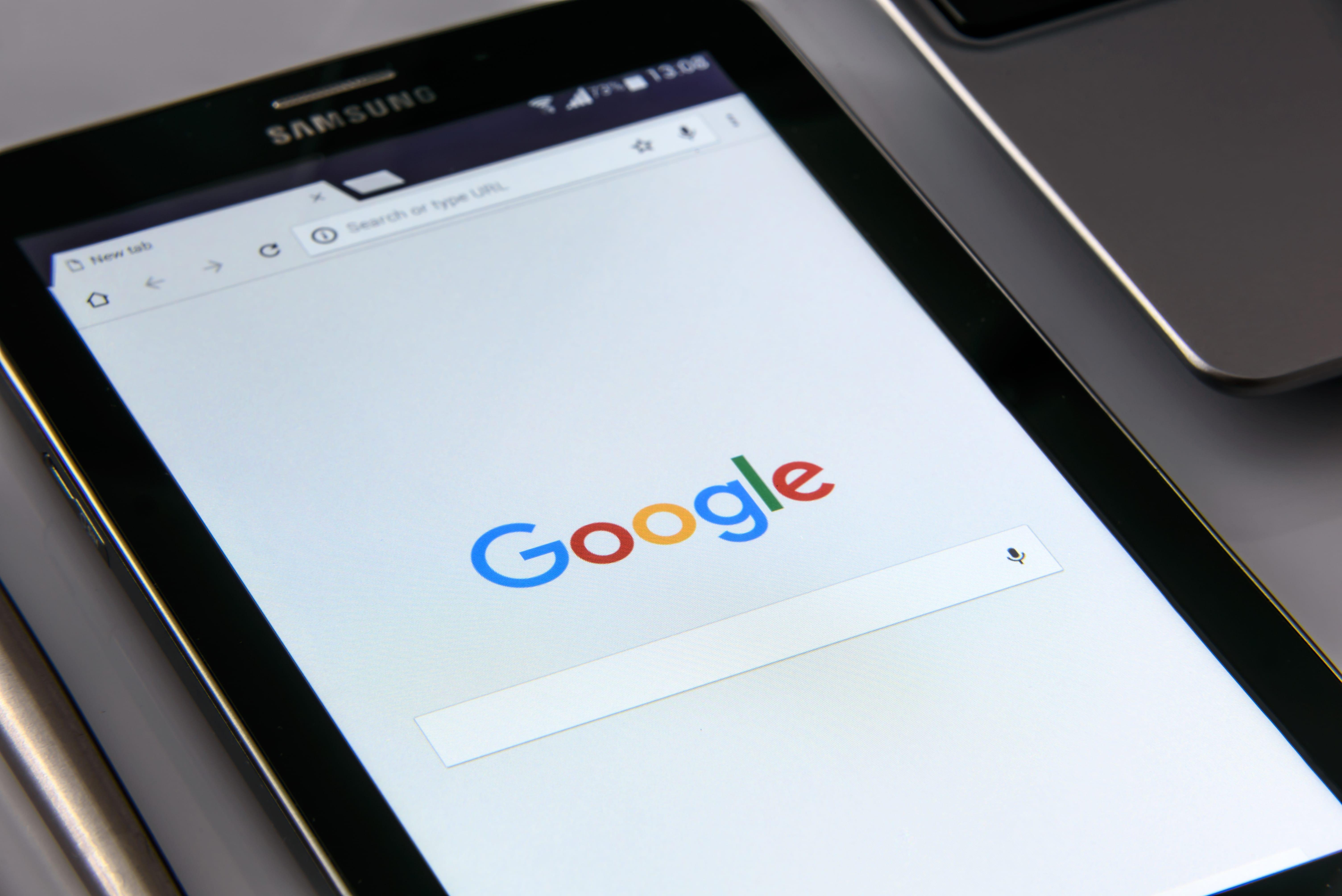 """Google Chrome segnalerà come """"non sicuri"""" i siti HTTP a partire da luglio."""