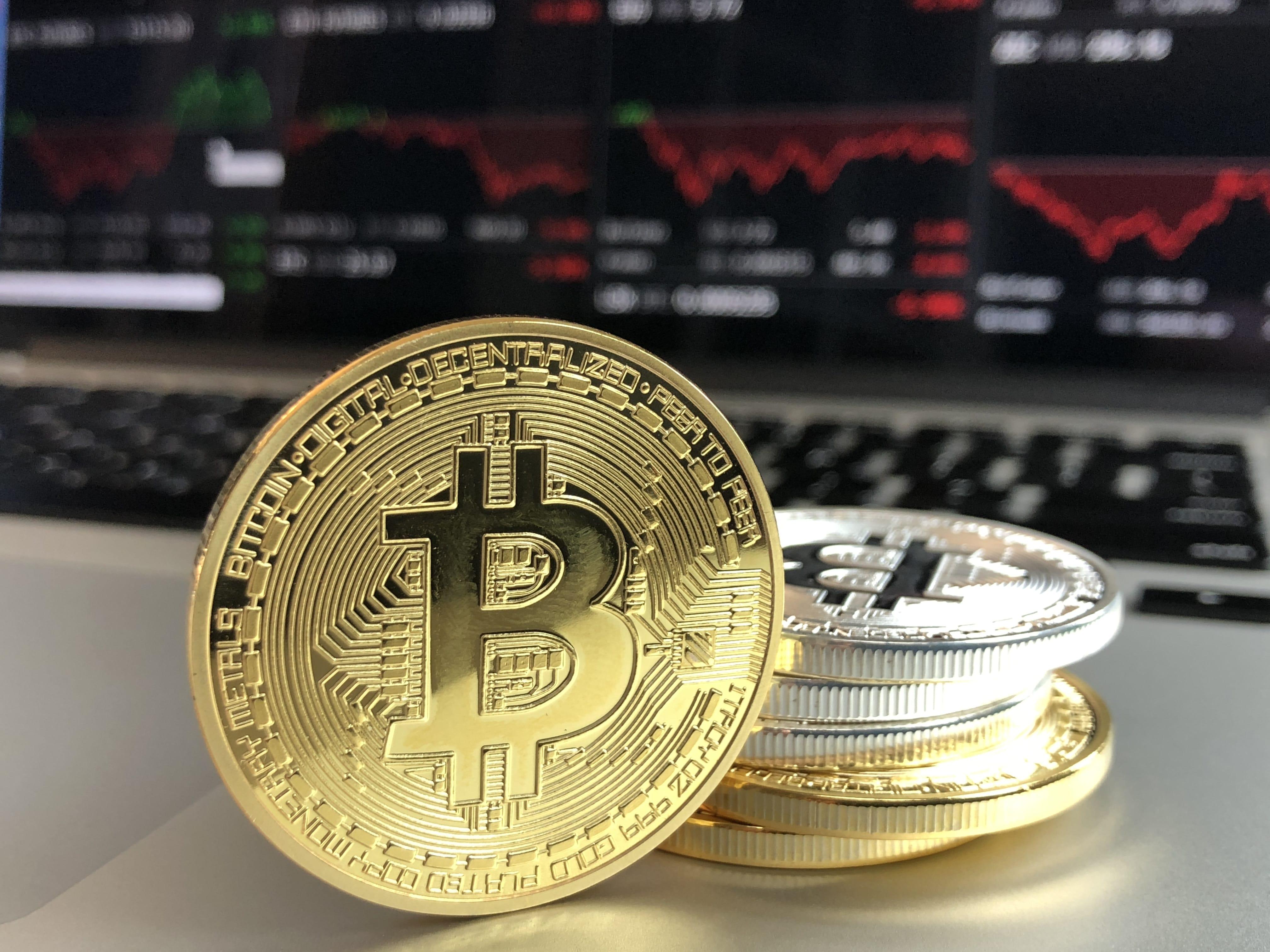 Il punto sui bitcoin: tassazione, dichiarazione, tracciabilità e legislazione corrente