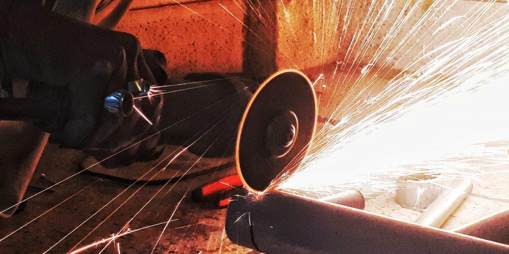 Lavorazione di lamiere e acciaio