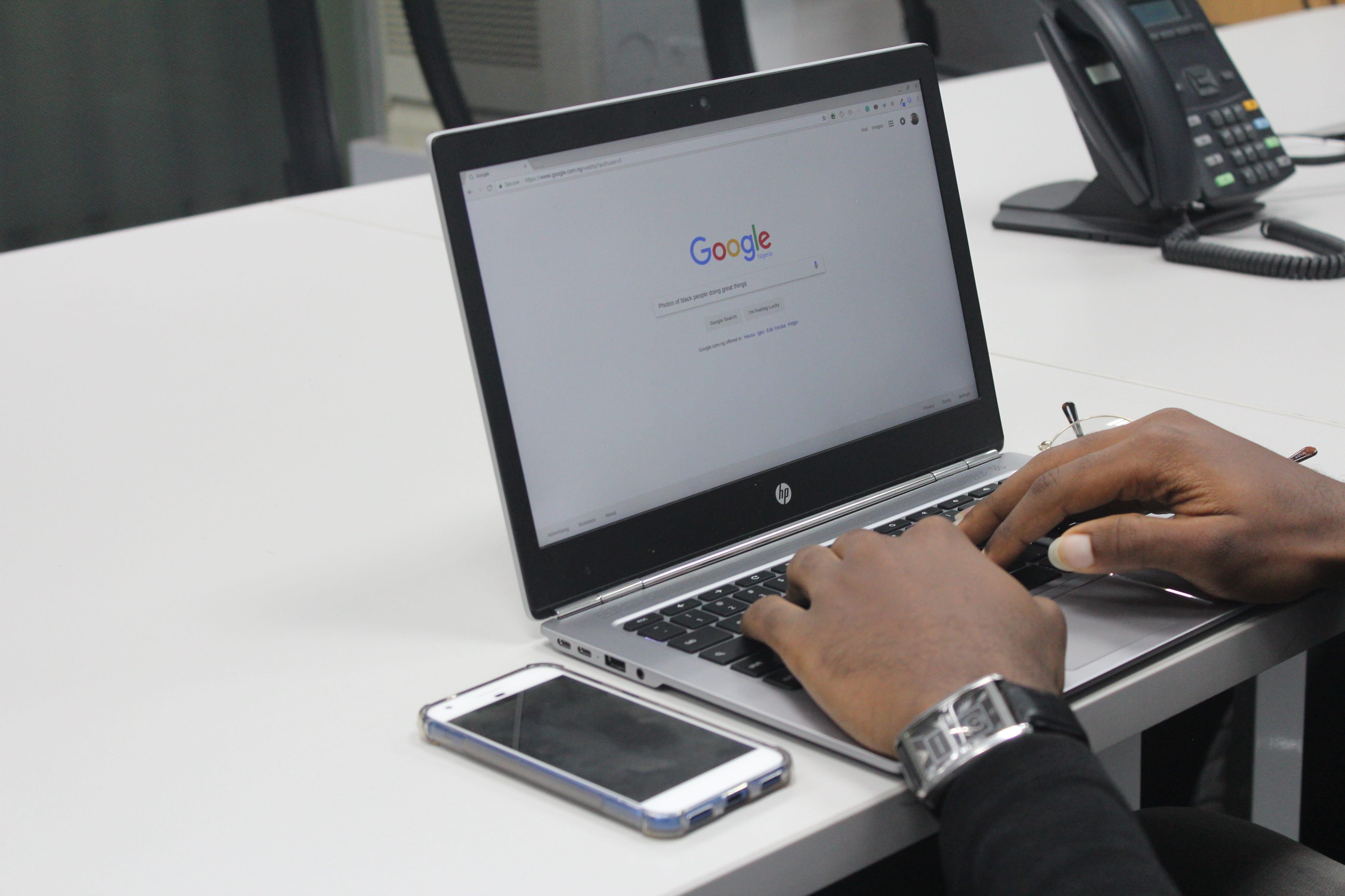 Google ci riprova: in arrivo Chat e SMS 2.0.
