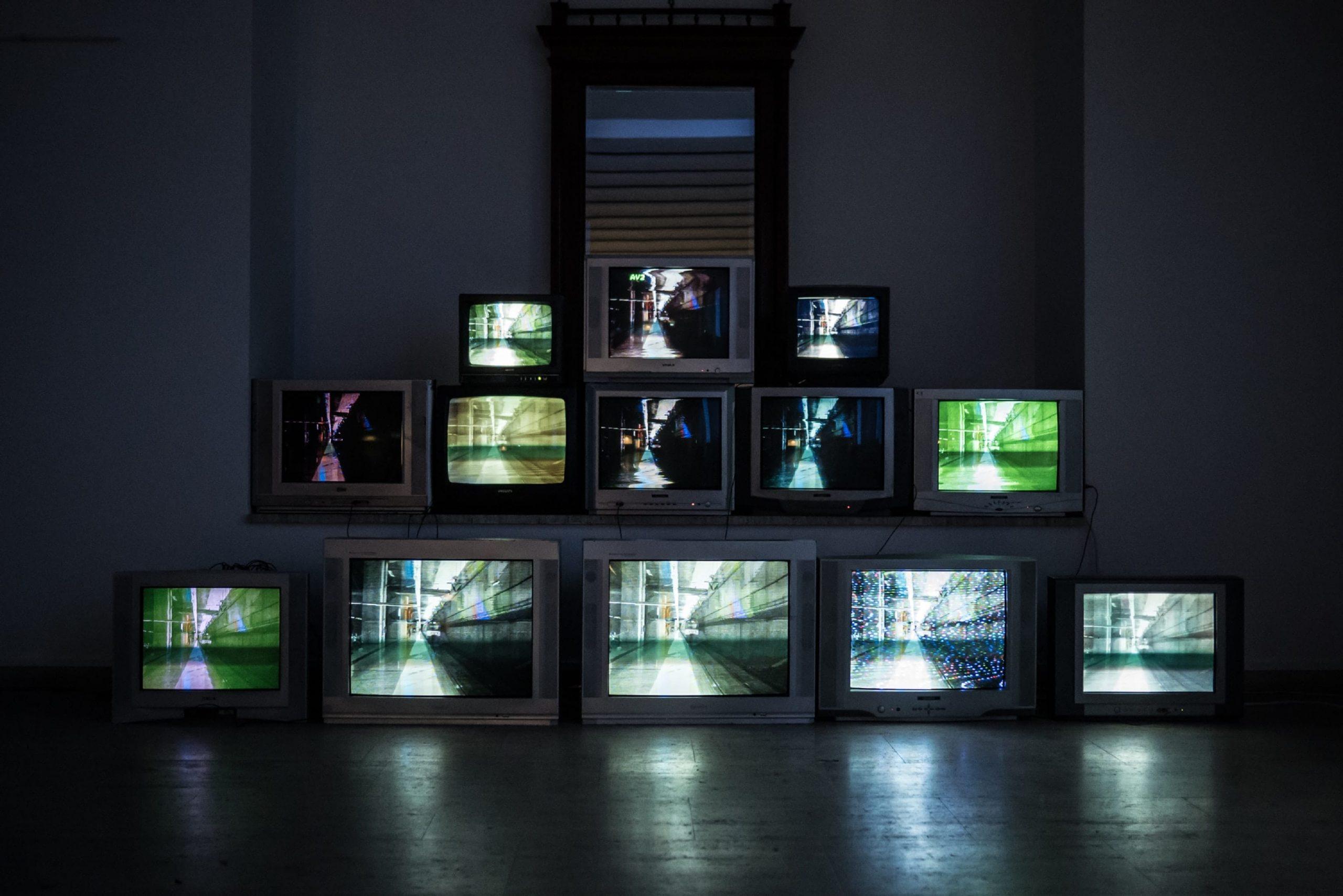 Televisione: cosa cambia e cosa fare in vista del 2022.